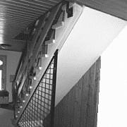 Holztreppenrenovierung Bucher Treppen vorher/nachher