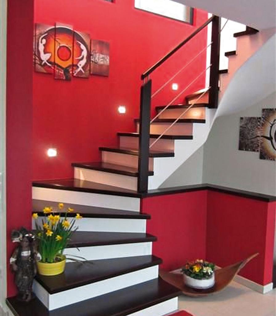 Holzstufen auf Betontreppe - Bucher Treppen