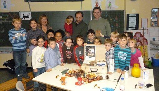 Biebertaler Schule erhält Naturkoffer