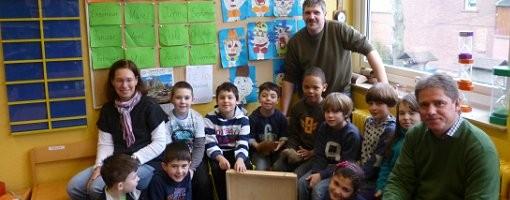 Waldschule erhält Lernkoffer
