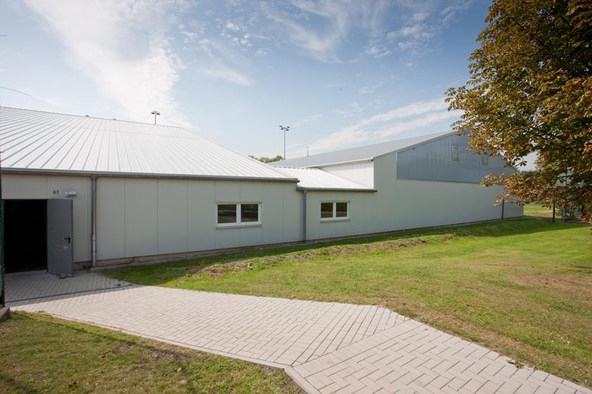 Hockeytrainings- und Tennishalle