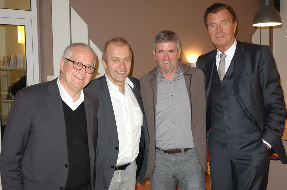 Giuseppe Saitta, Rolf Schöwe, Friedhelm Funkel und Udo Wackelnagel (von links nach rechts)