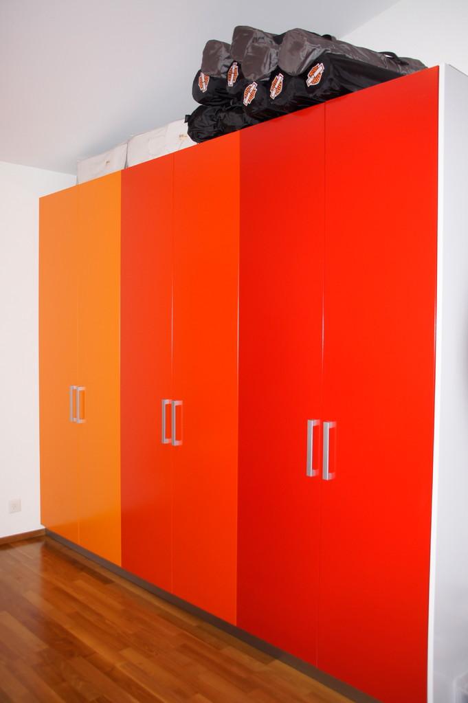 Material: Decor Kunstharz farbig