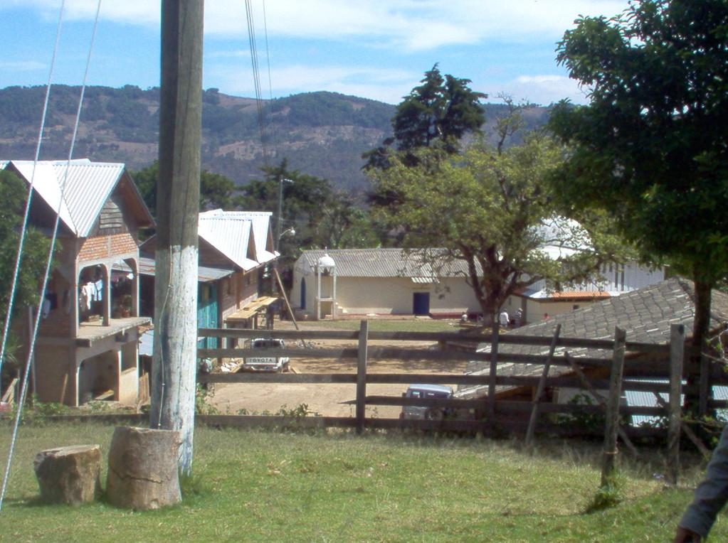 Dorfplatz von Nahuaterique