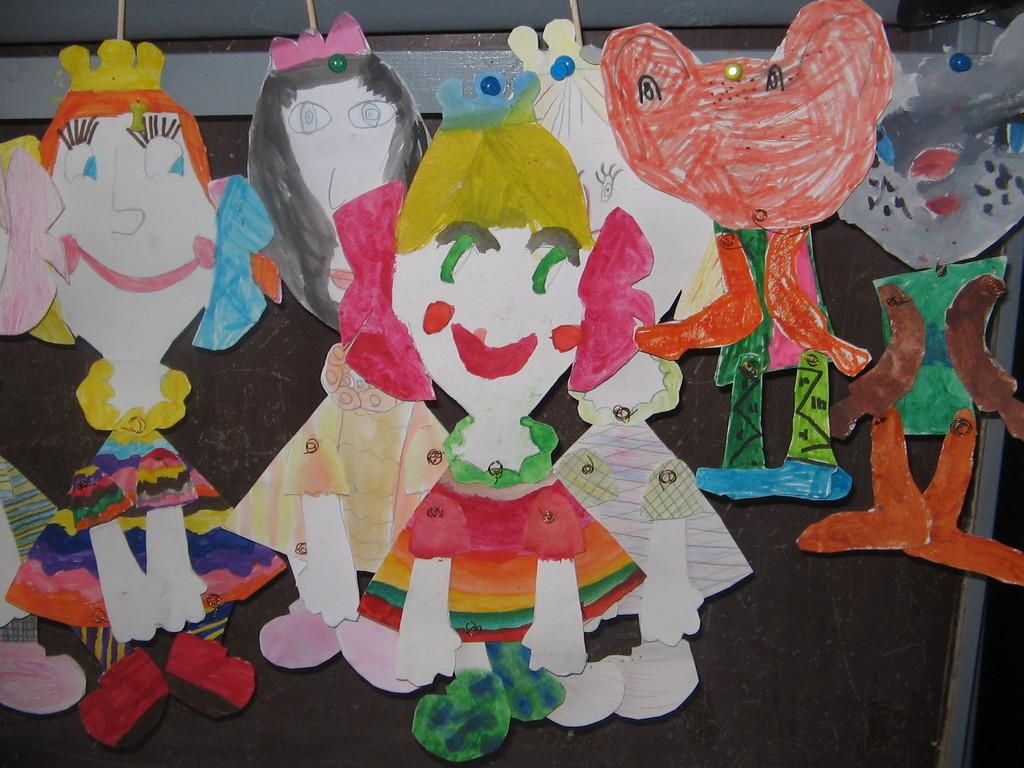 Lėlės marionetės. Būrelio mokinių darbeliai