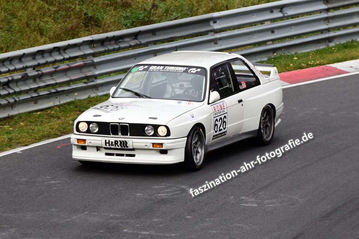 BMW M3 E36   Dieses Auto hat in den 1980ern die DTM gewonnen