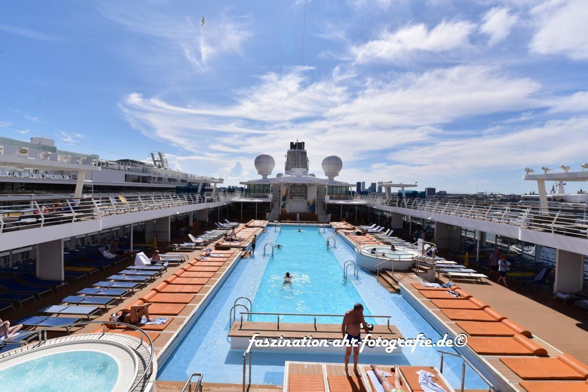 Mir reicht ein 25 m langer Pool und ein paar Whirlpools
