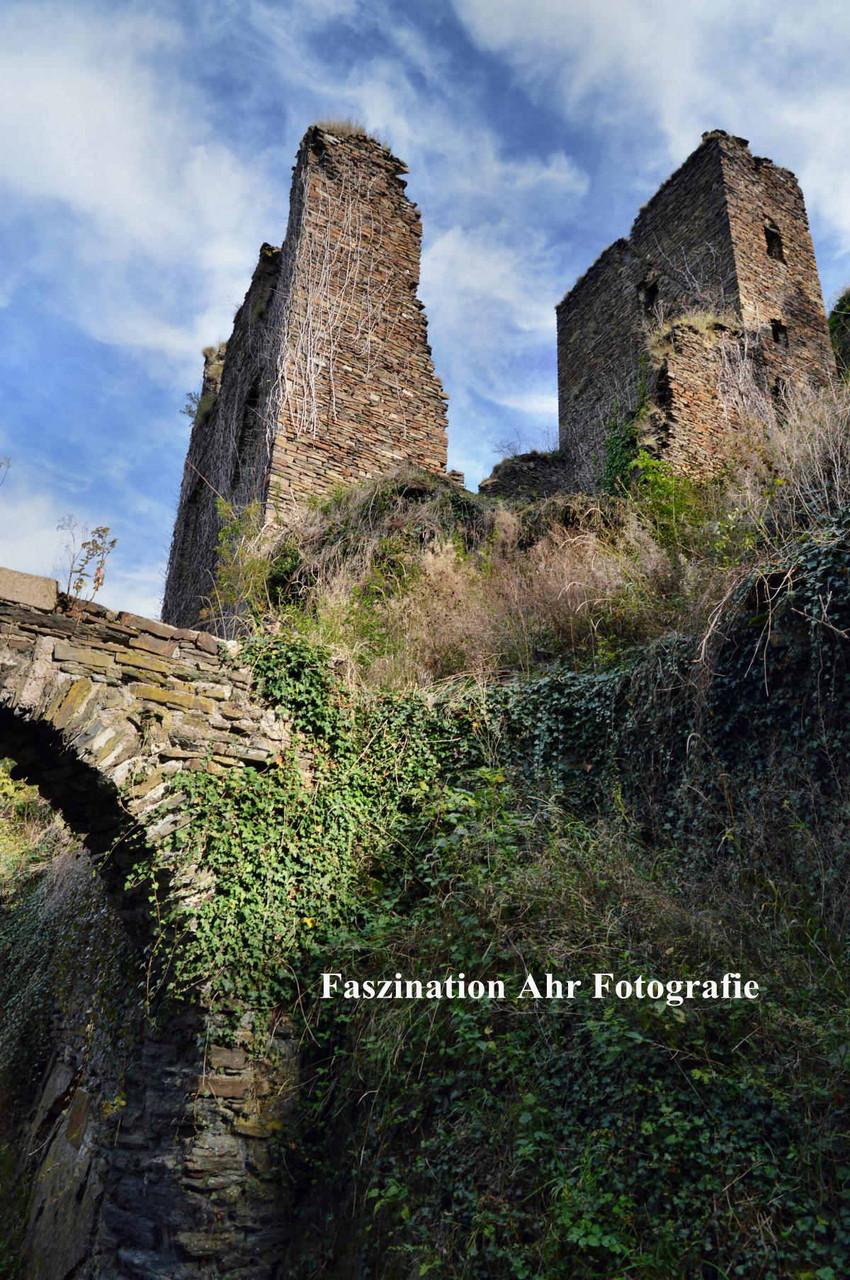 Burg Are 5