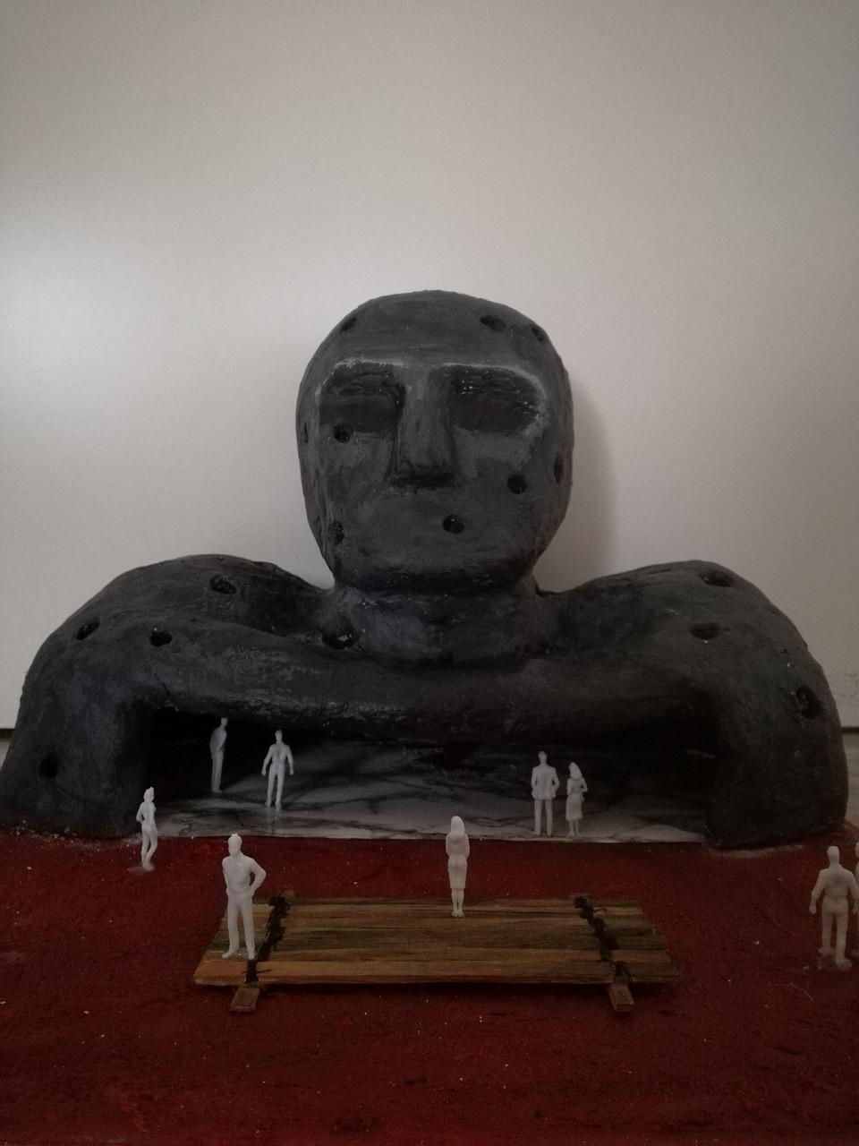 Begehbare Skulptur Krieger von Katharina Wagner