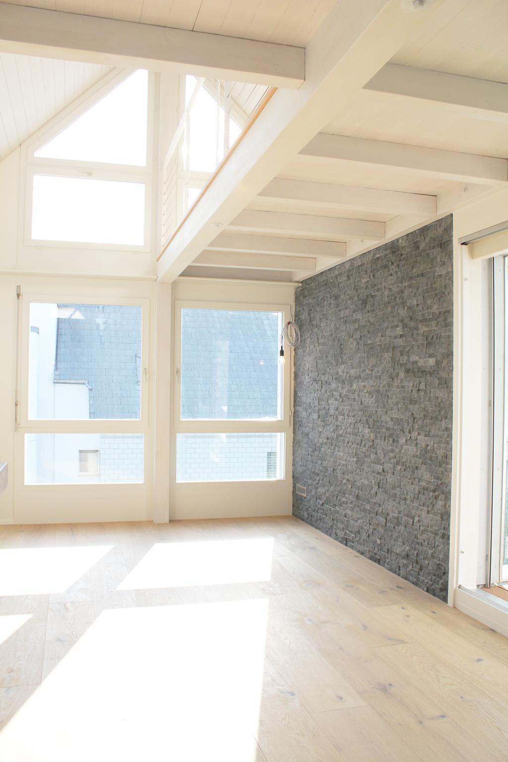 Umbau dachwohnung cham loftworks architecture l for Innenarchitektur cham
