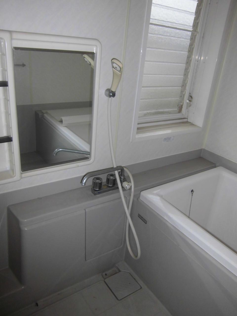 浴室蛇口交換(Before)