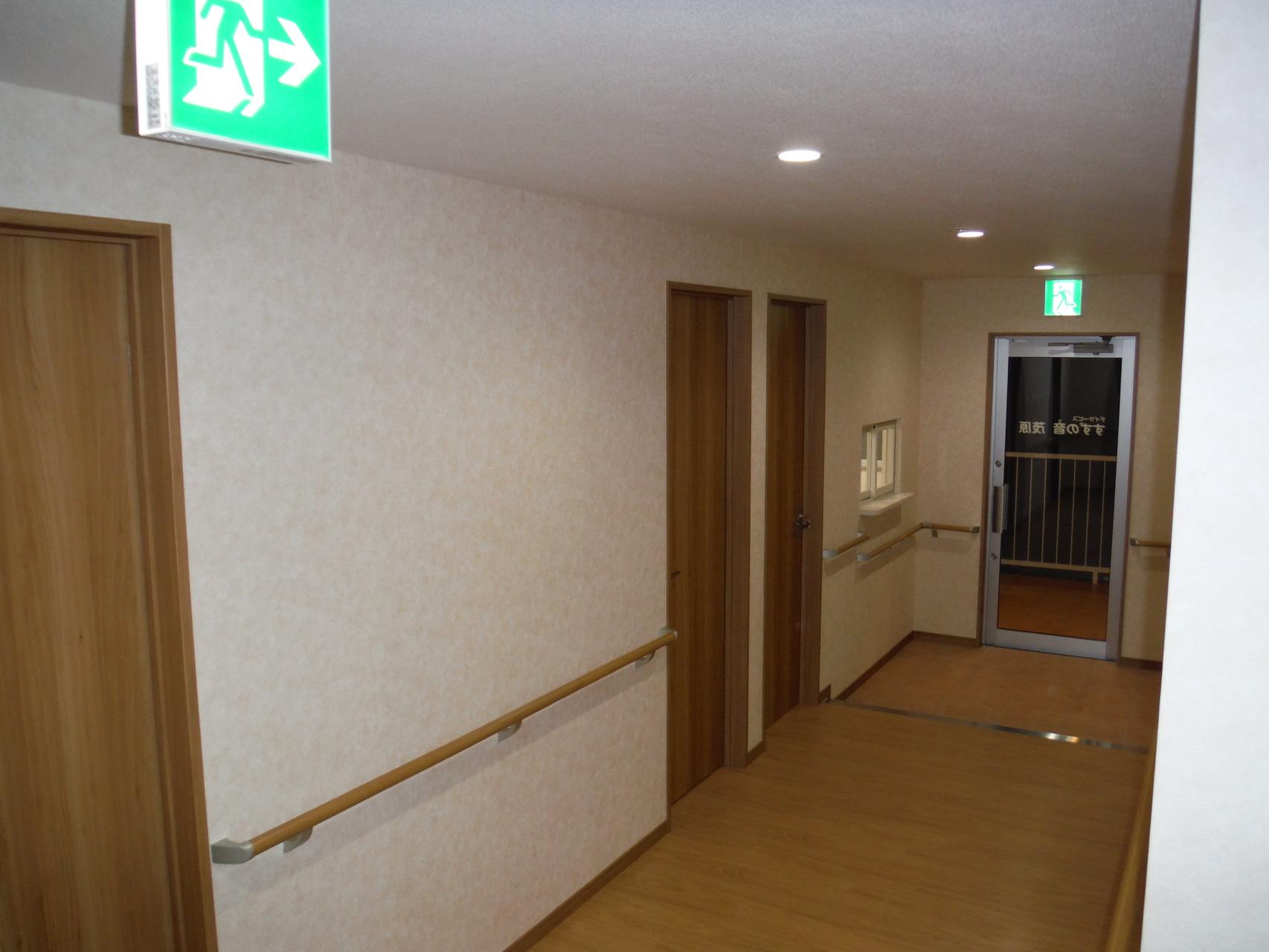 廊下 -手すり設置-