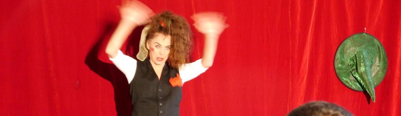 Mohr-Villa goes Camp - Theater ohne Worte mit Ingrid Irrlicht