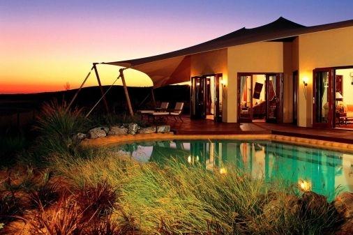 CheckEinfach | Al Maha - A Luxury Desert Resort