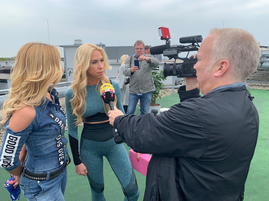 Promi-Coaching Best Western Premier IB Hotel Friedberger Warte TV Moderatorin Joey Grit Winkler (links), Promi-Coach Jane Uhlig (rechts), Interview RTL, Jens Prewo