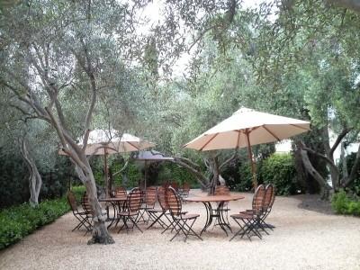 クロ・デユ・バルのピクニックエリア。静かで落ち着いてます。