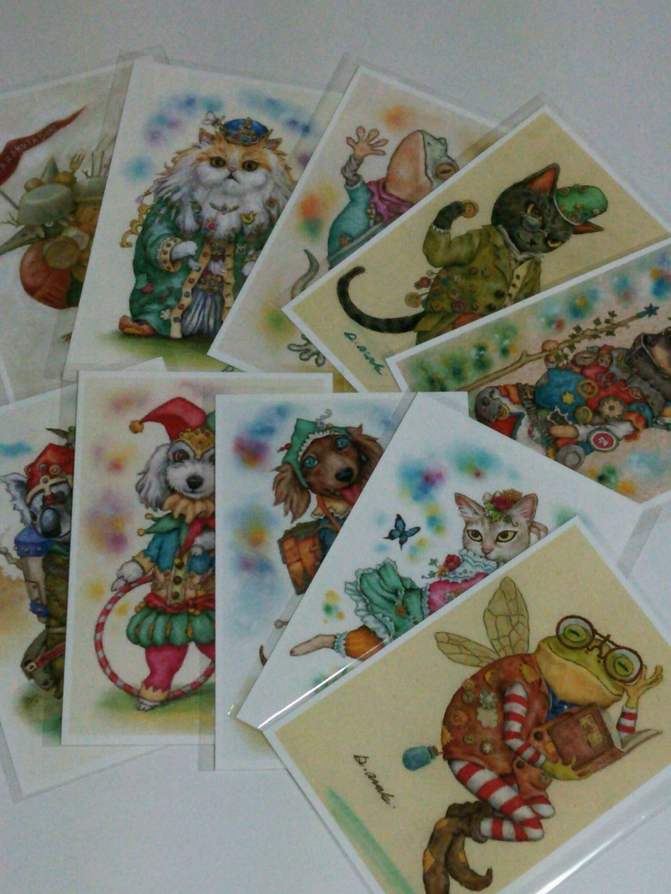 『裏地球』のキャラクターポストカード