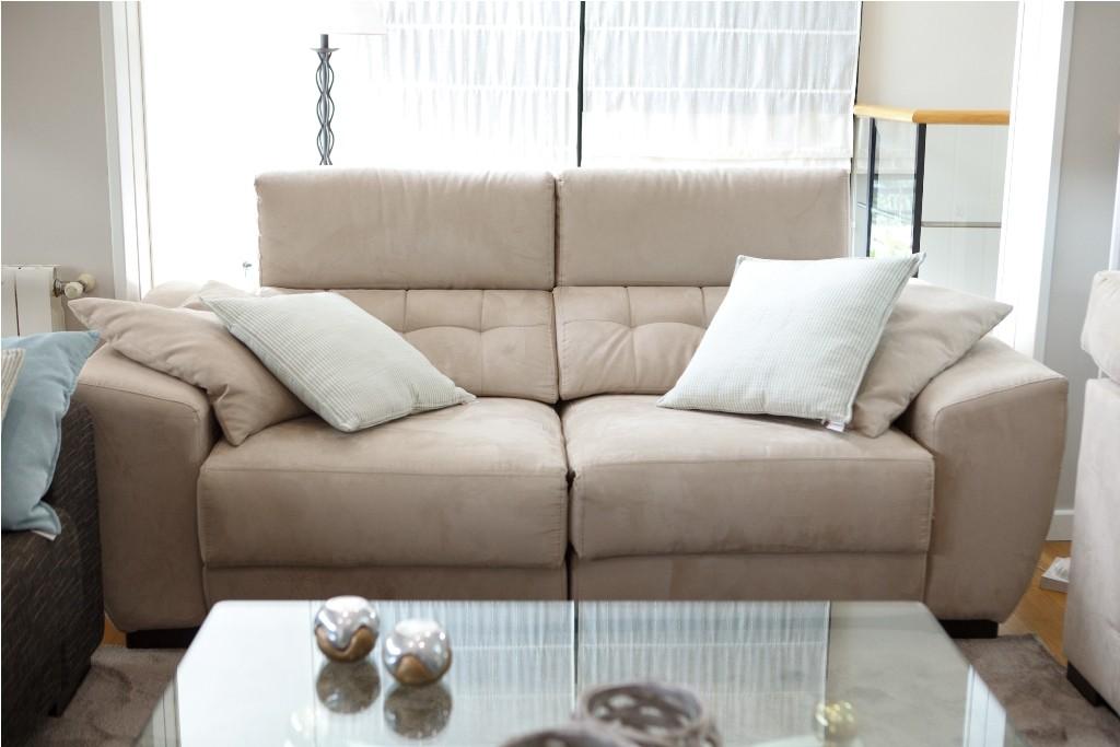 Sofá relax motorizado con cojines confeccionados