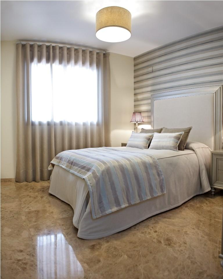 Cortinas dormitorio principal cortinas de tul morado for Cortinas dormitorio principal