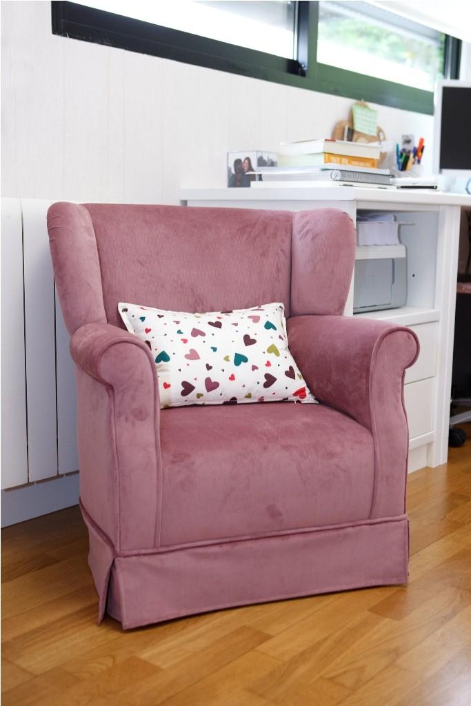 Tapizado sillón con cojín riñoñera