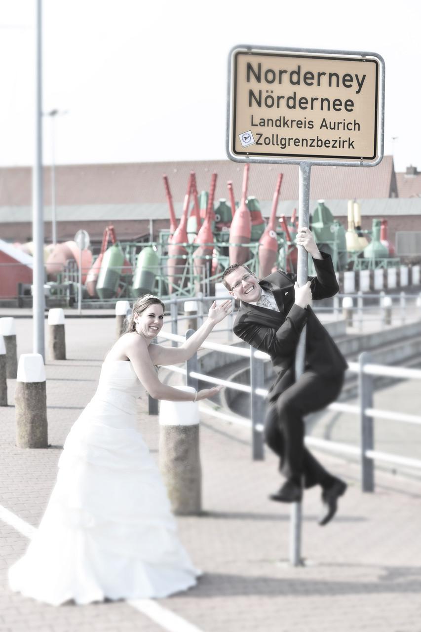 Fotograf Amrum, Hochzeitsfotograf Amrum, Hochzeitsfotografie Amrum, Hochzeitsfotos Amrum, Heiraten Leuchtturm Amrum, Öömrang Hus Amrum, Standesamt Amrum, Nordfriesland, Strand, Meer, Wittdün, Nebel, Norddorf, Nordsee, Inselfotograf, 2016, 2017, 2018