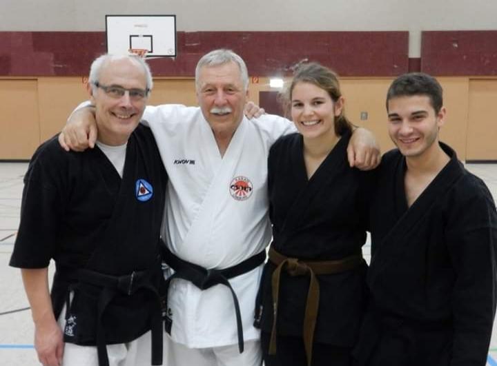 Heinrich Reimer, 8. Dan, feierte sein 50. Jubiläum im Karate!