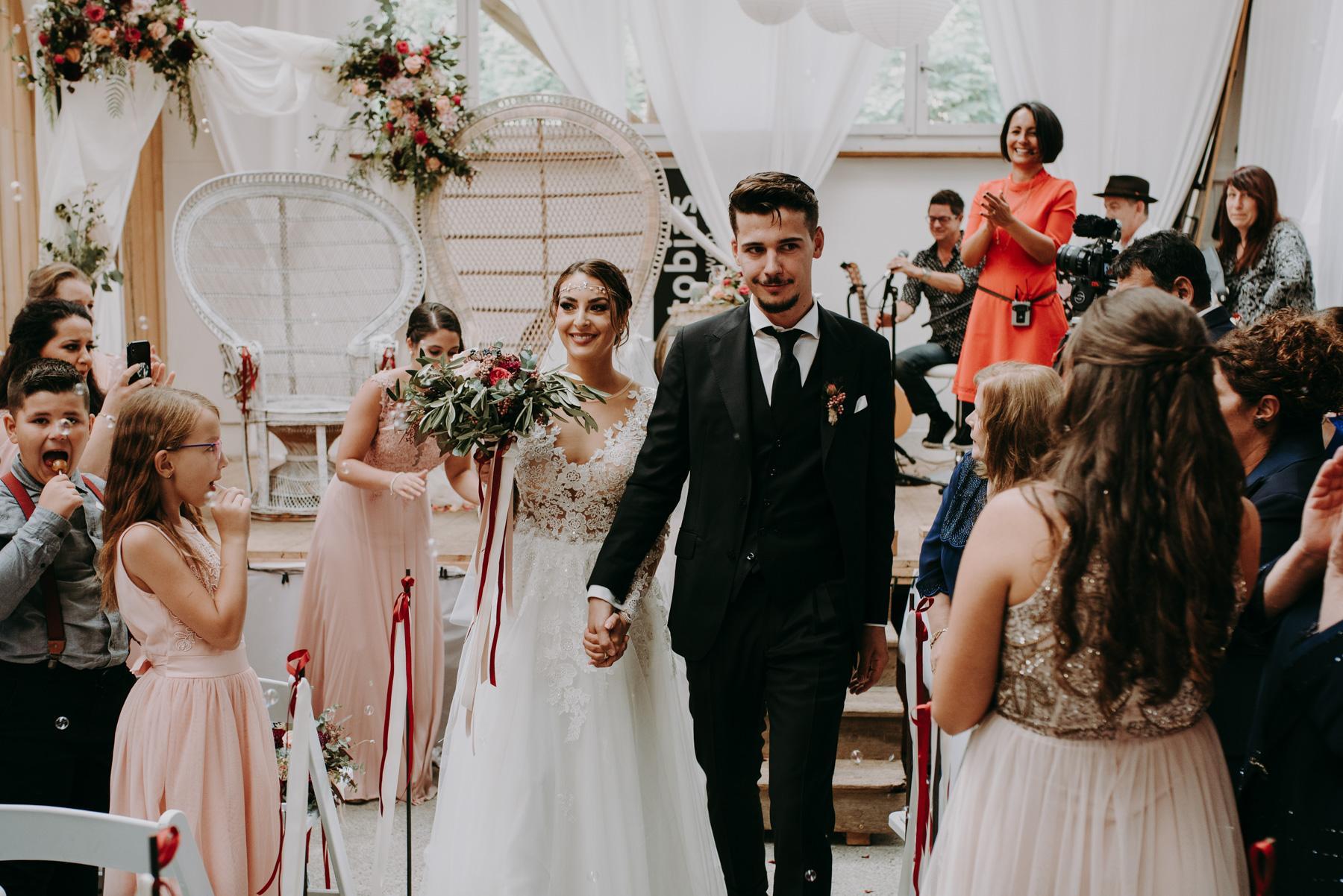 weddingcrashers.at