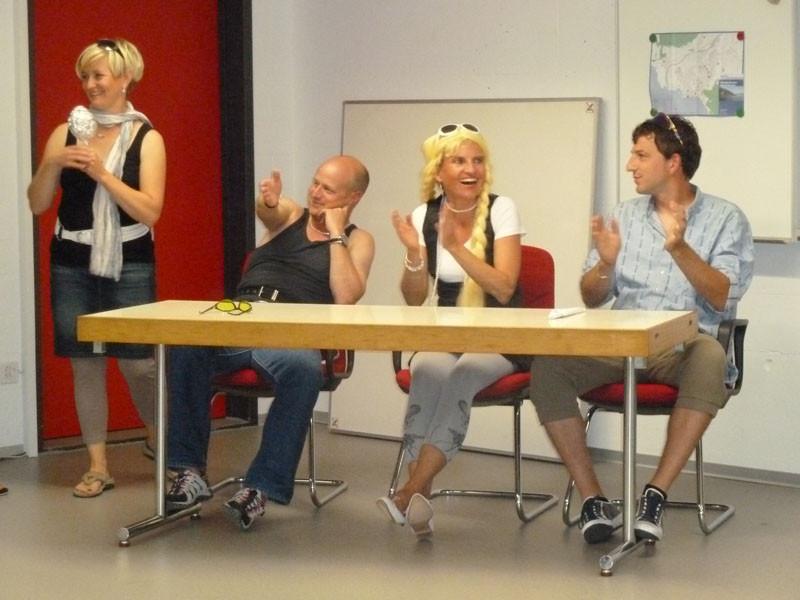 """Die Jury mit """"Bruce"""", Christa Rigozzi und Renzo Blumenthal."""