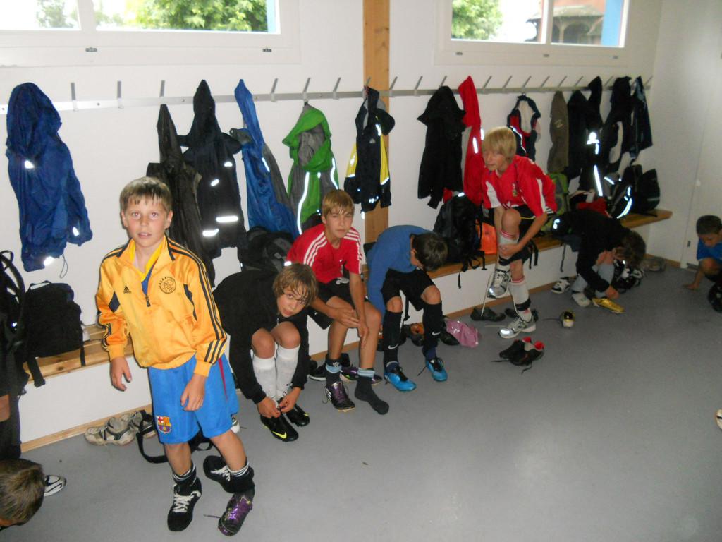 Die Junioren bei der Trainingsvorbereitung.