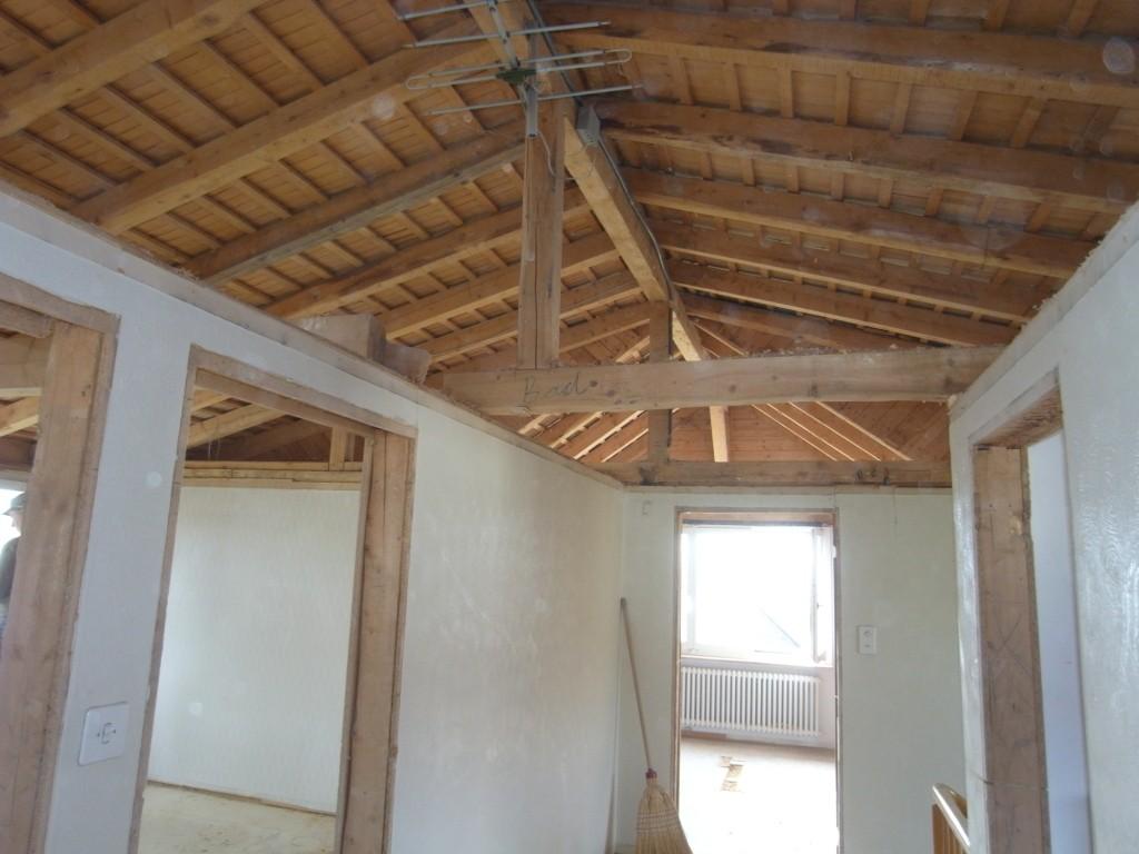 11.03.15 - OG - Die Arbeit hat sich gelohnt. Sicht zur Dachkonstruktion.