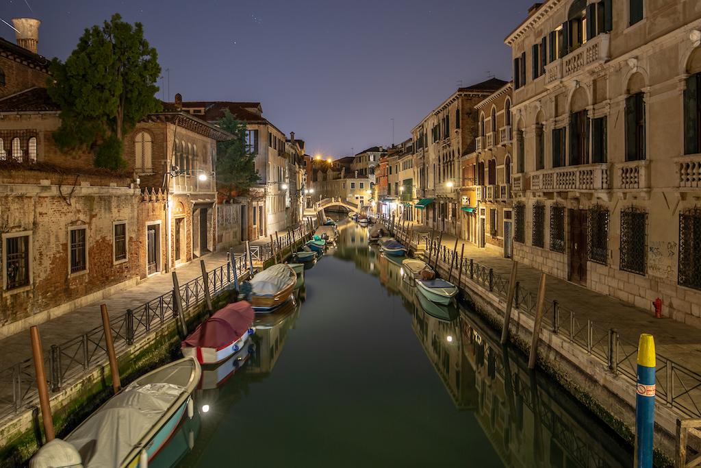 Venedig in der Nacht - Perfekte Stimmung für Fotografen