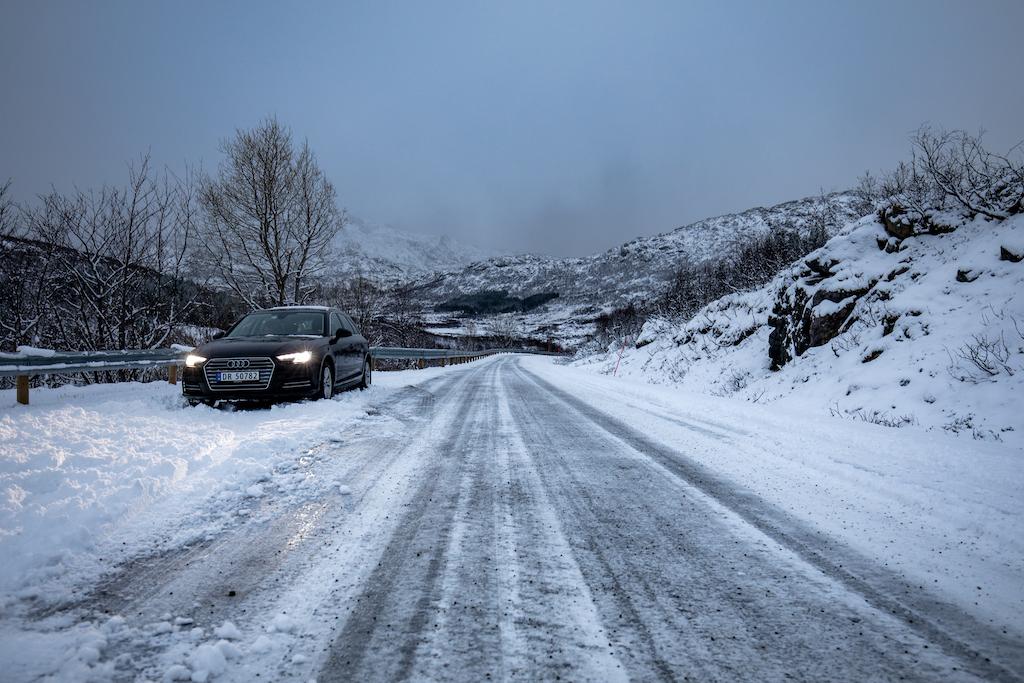 Bericht über Strassenverhältnisse und Autofahren auf den Lofoten im Winter