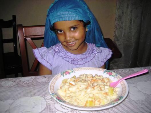 Venuji und ihre heißgeliebten Cheese & Egg Makkaroni, Rezept im Buch: S. 186
