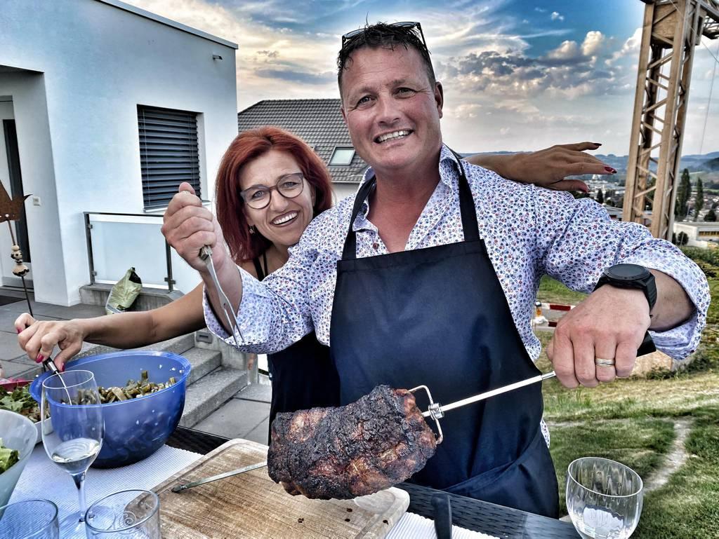 En rächte Mocke Fleisch: Kneubi und Madeleine geniessen den Sommer zu Hause in Willisau