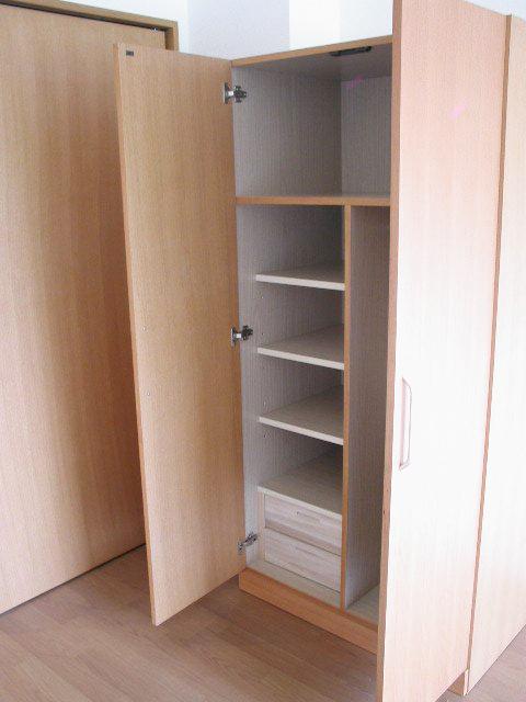 居室用 収納家具