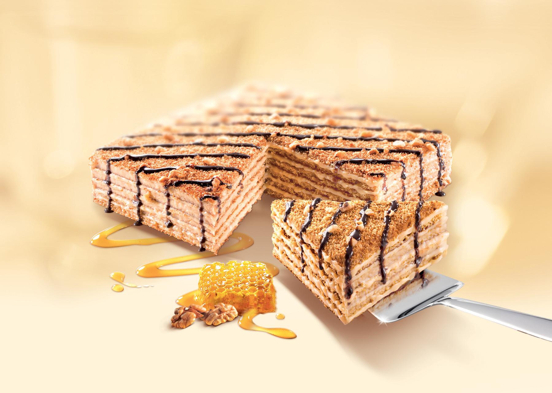 MARLENKA Honigtorte mit Nüssen