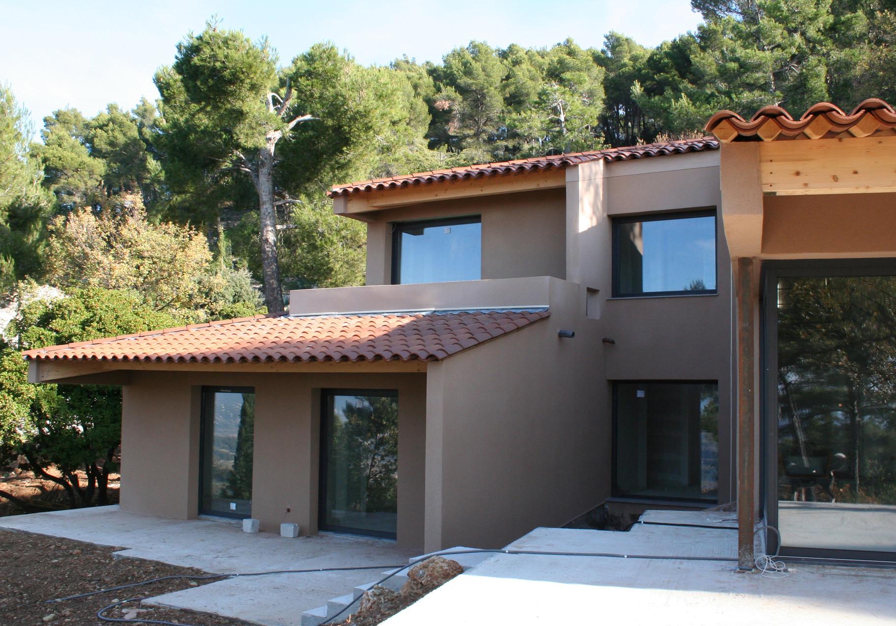 Votre toiture neuve o r nov e r alis e par la charpenterie de la beno te charpenterie de la - Forme de toiture maison ...