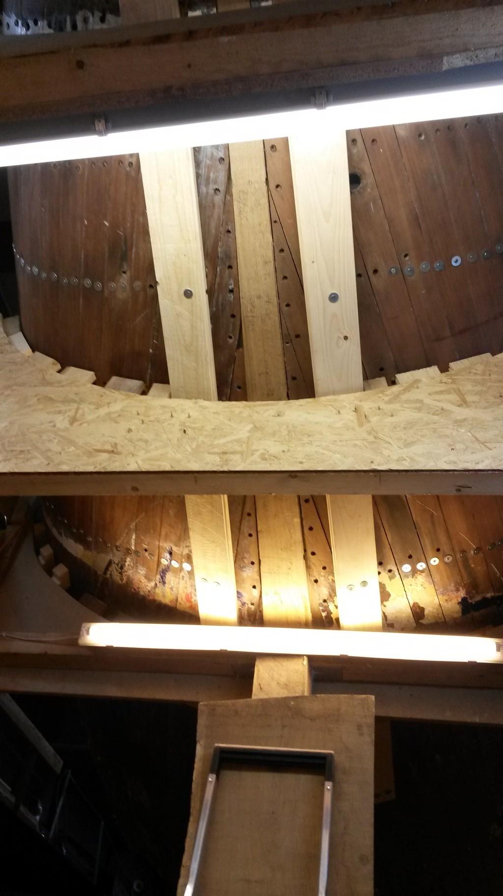 Neuer Heckbalken in Position (von unten), Sponung ist noch zu breit
