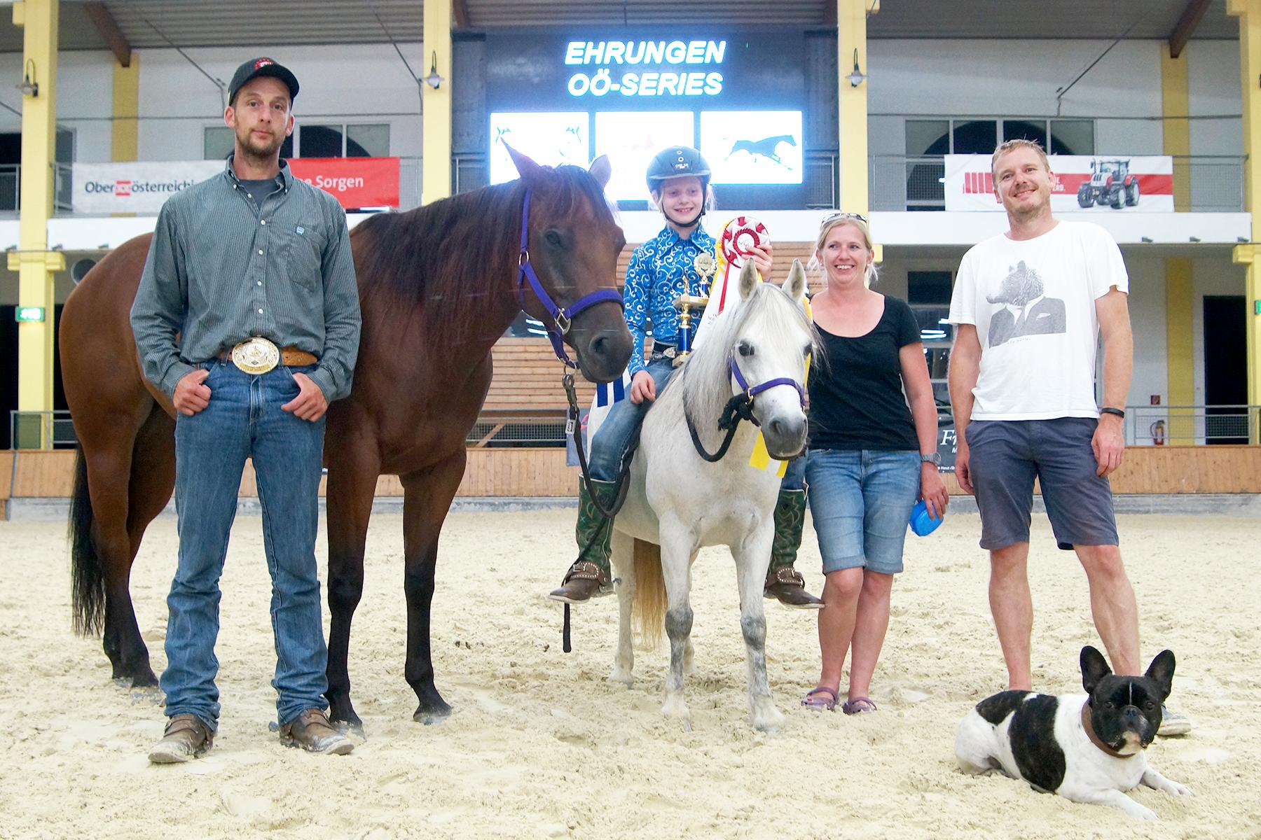 Franzi Schrenk: Champion und Reserve Champion der Reining Youth der OÖ Series 2016.