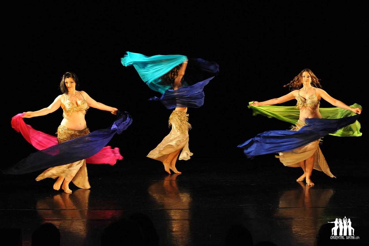 Oriental Divas - Doppelschleiertanz an der Show Odalisque 2011