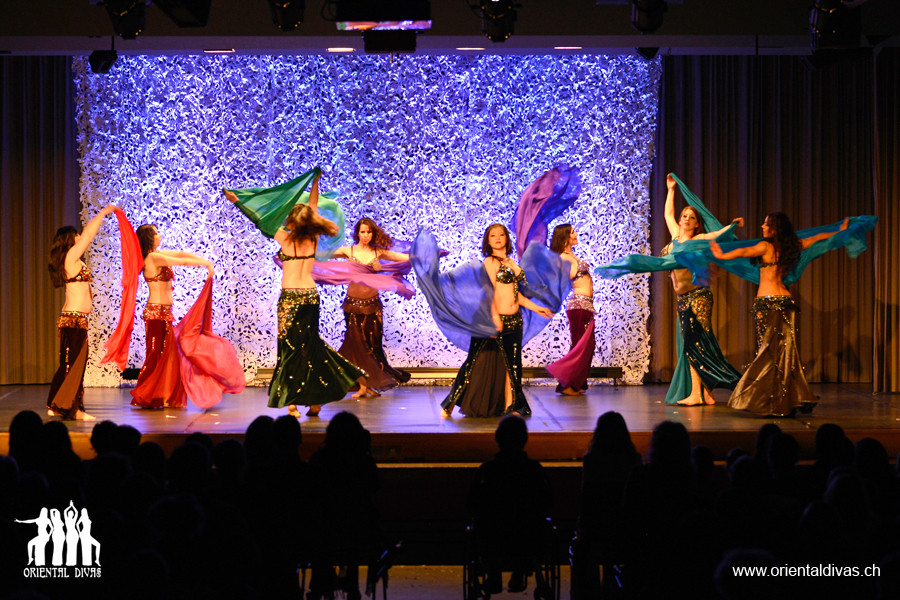 Oriental Divas - Show des Tanzstudios Isis in Münsingen 2013