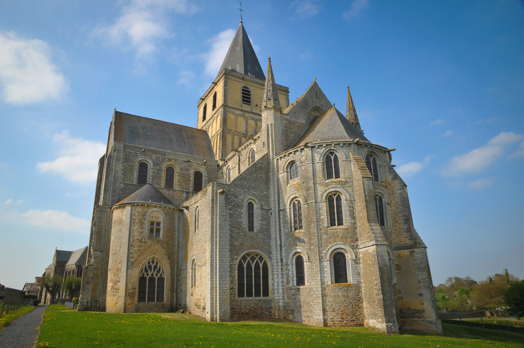 Abbaye de cerisy la foret abbaye de cerisy la for t - Abbaye de citeaux horaires des offices ...