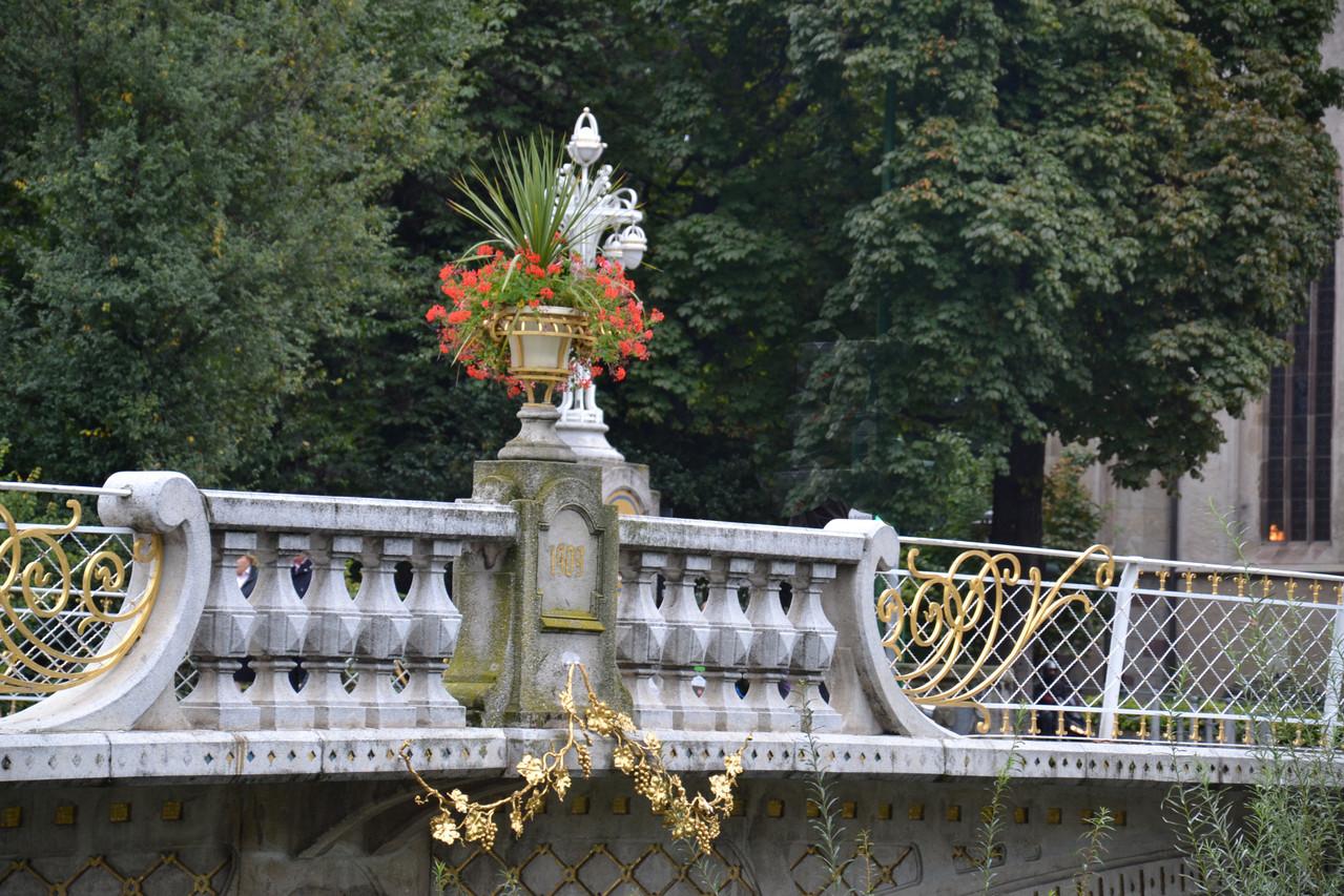 """...Brücke über den """"Passa"""" zum Kurhaus"""