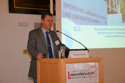 Manfred Woller als Vertreter des Bayrischen Landesamtes für Gesundheit und Lebensmittelsicherheit