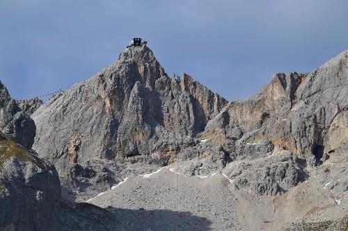 Ein schöner Blick zurück zur Bergstation...