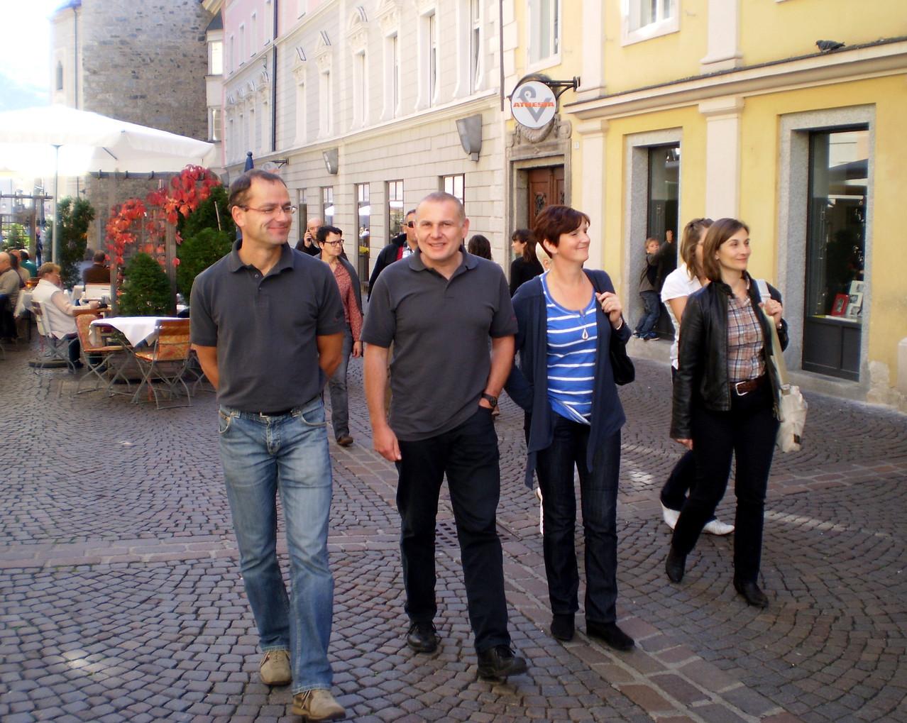 Gemütlicher Spaziergang durch die Altstadt von Brixen. Koll. Mühlparzer, Koll. Wimmesberger und Gattin mit Koll. Aberham!