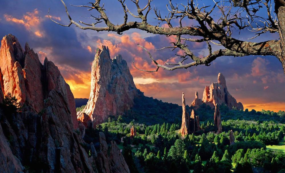 """COLORADO SPRINGS : """" THE GARDEN OF THE GODS """""""
