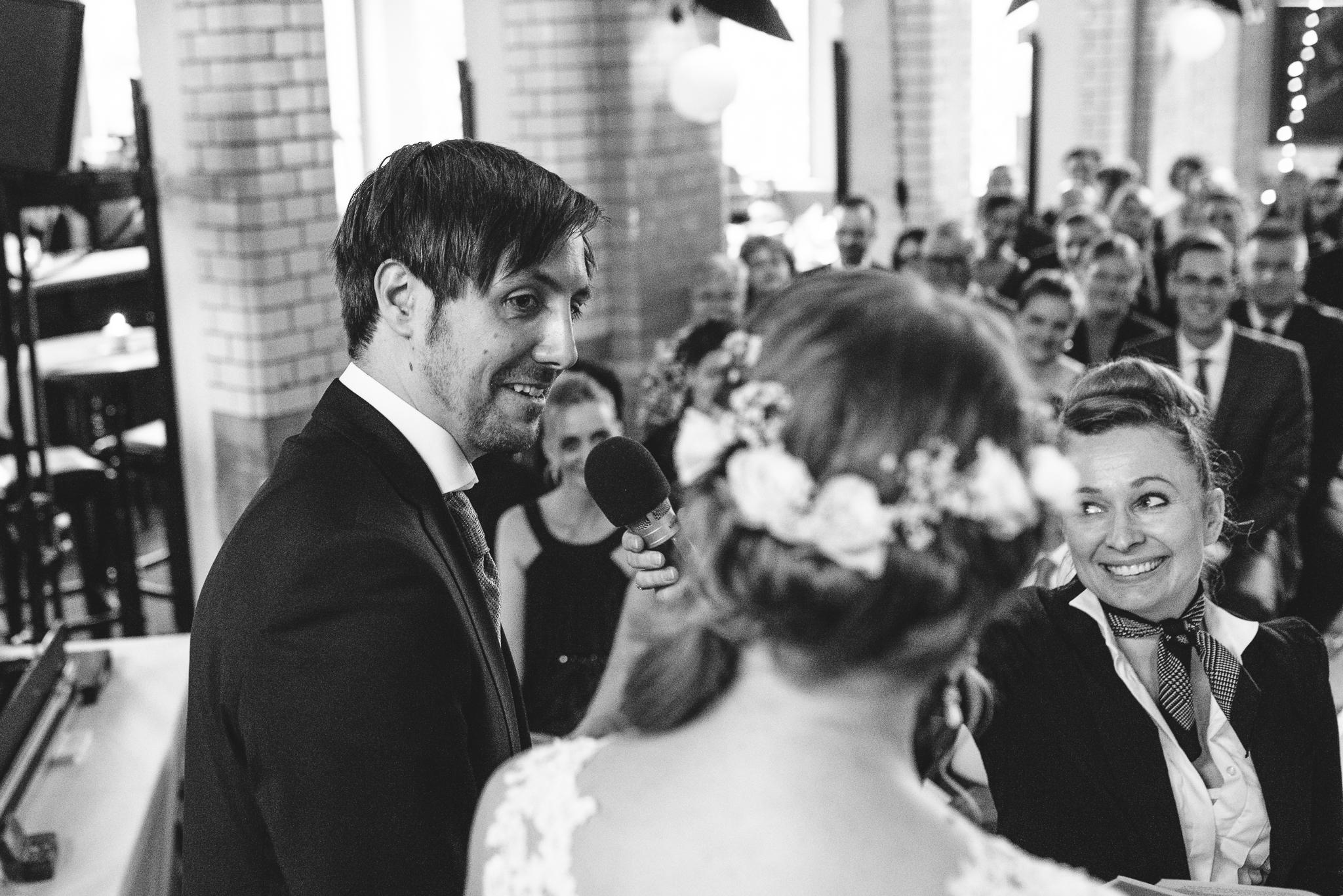 Danke Matthias für diese großartigen Fotos!!  https://www.endlichbilder.de/