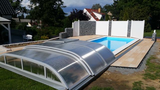 """PP-Schwimmbad mit der meistverkauften Pool-Überdachung """"DALLAS"""""""
