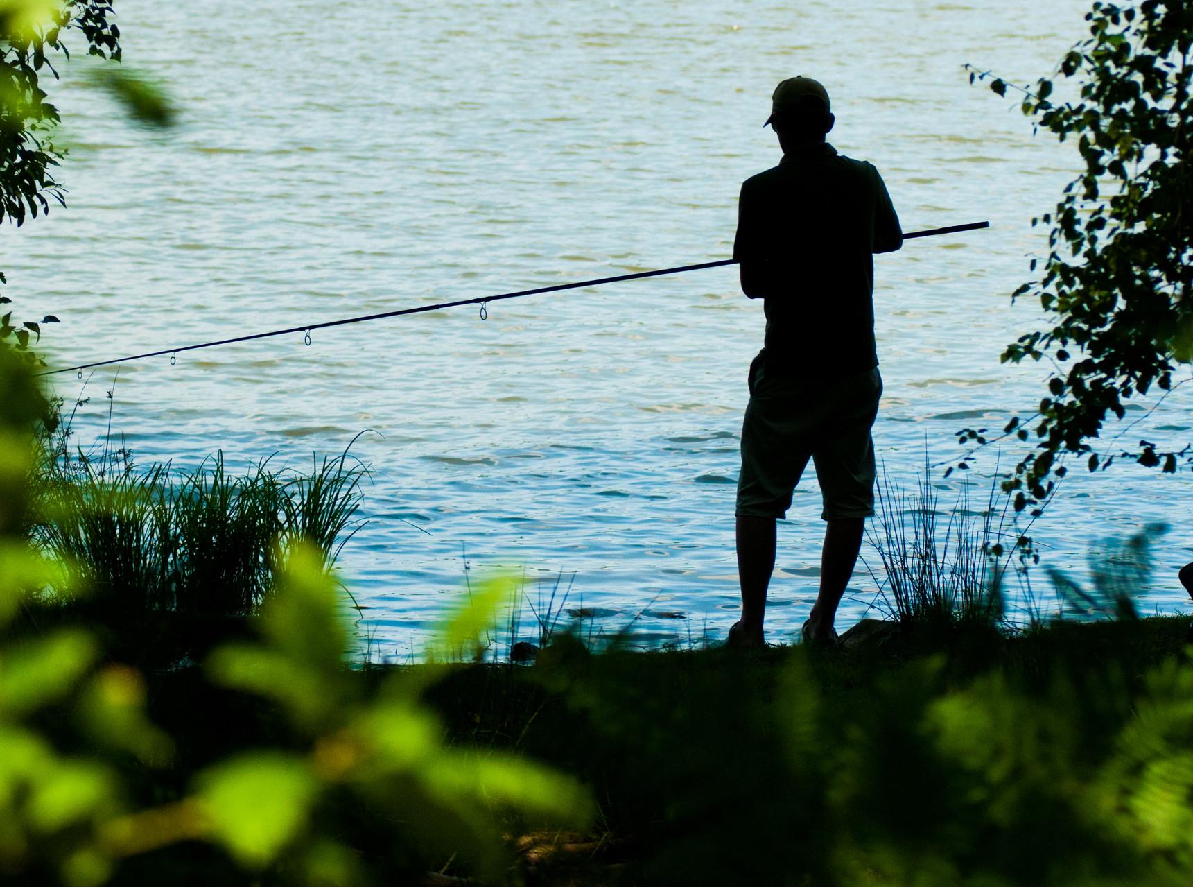 Pêche à Sillé Plage © Stevan Lira
